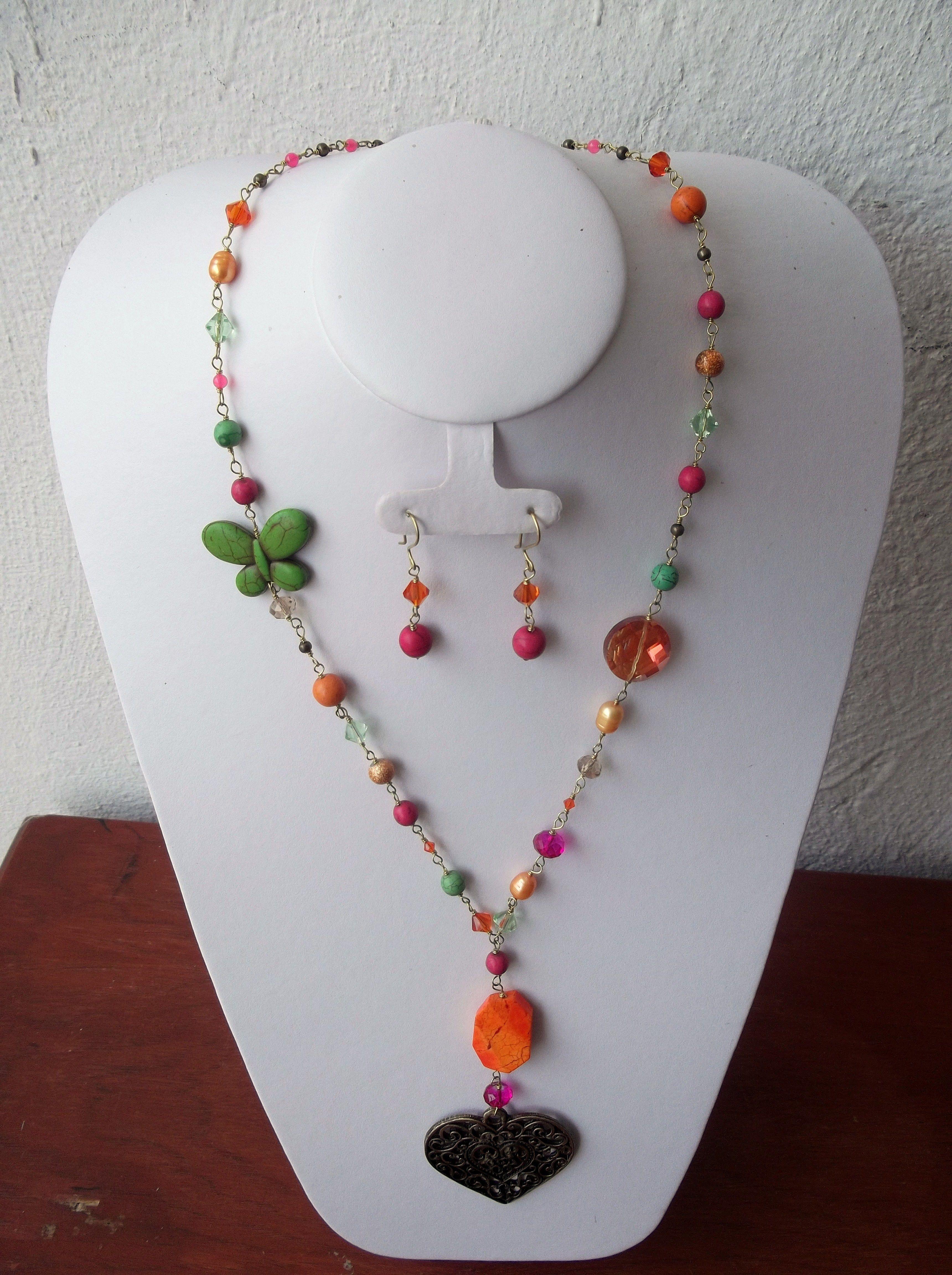 009d218f5bfa Collar en diferentes colores