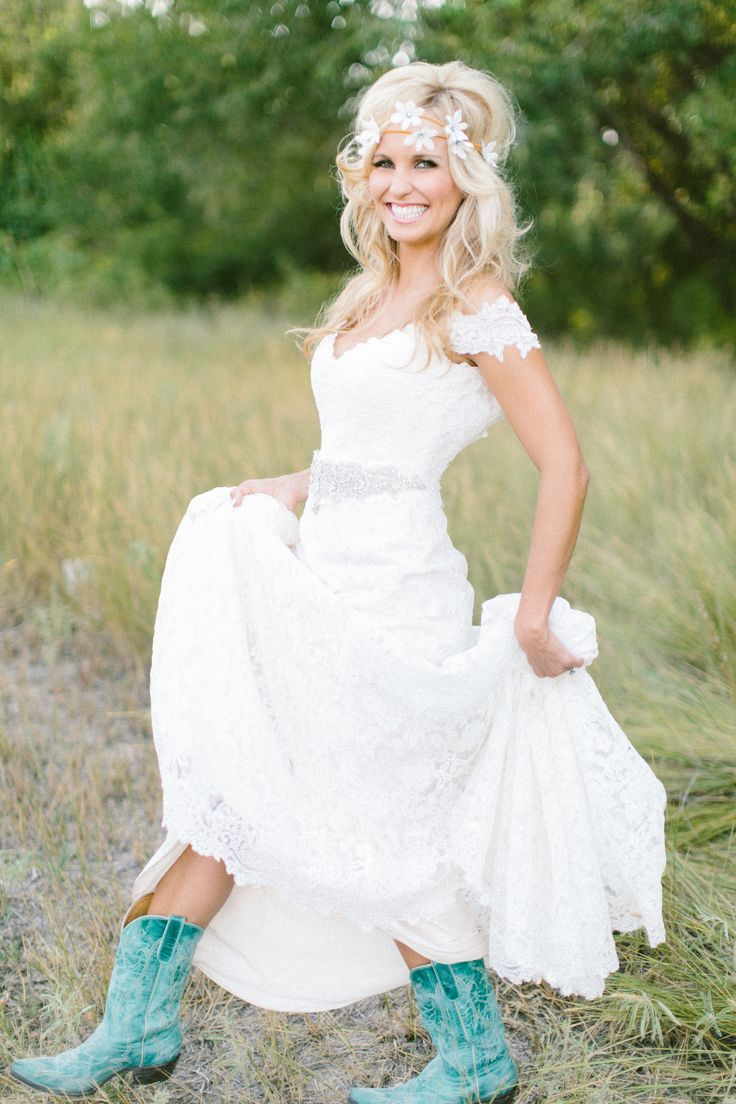 25 Romantic Country Wedding Dresses Ideas | Country wedding ...