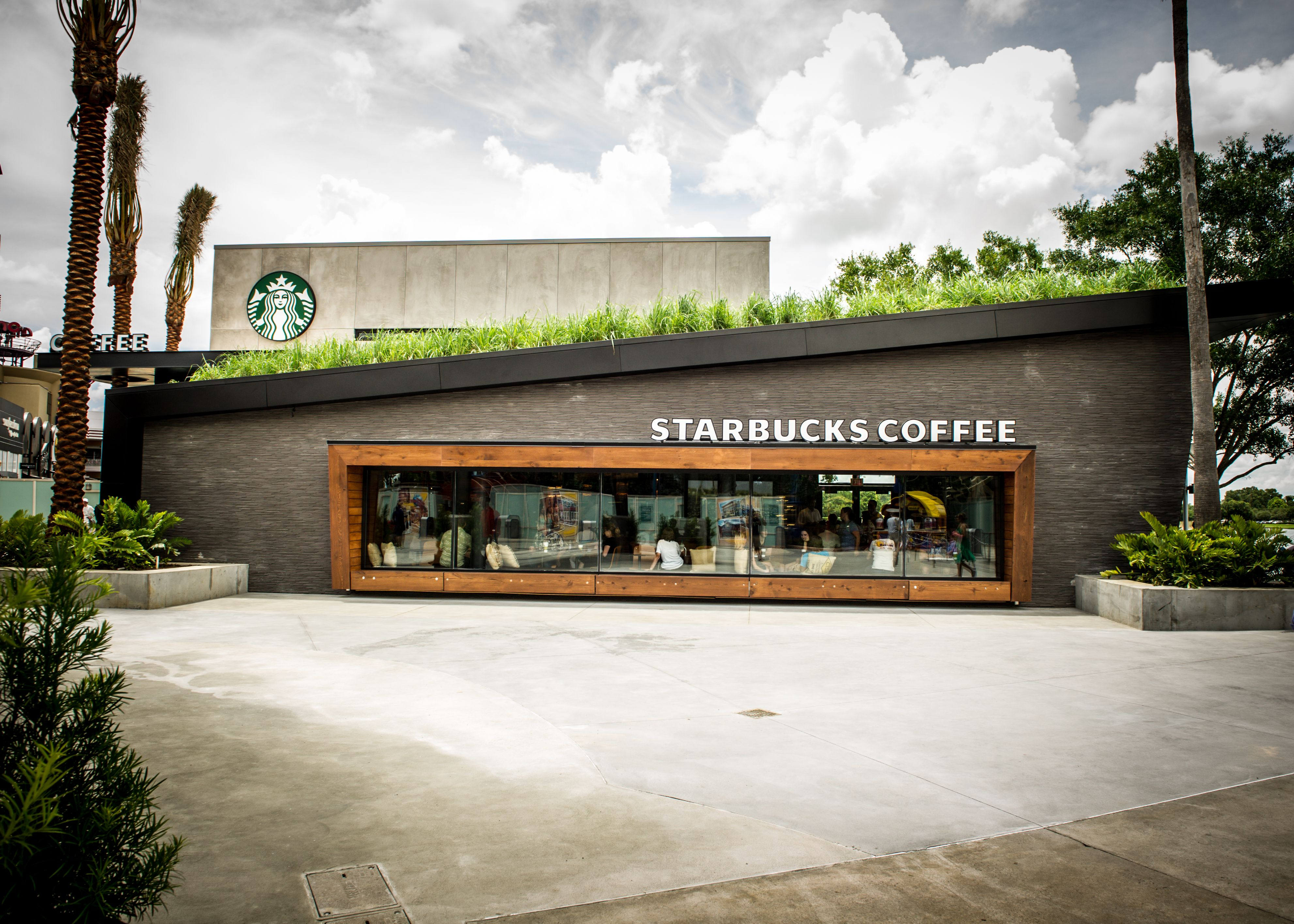 our 500th leed store features a green roof reclaimed materials