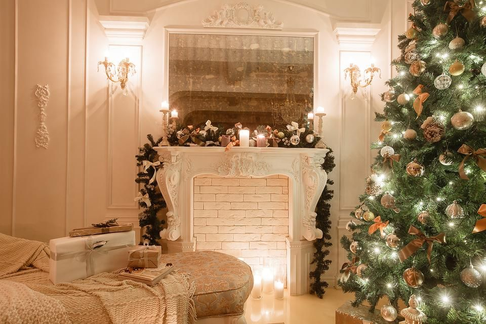 Selling Your Home? How to Decorate It for the Holidays! #30secondmom
