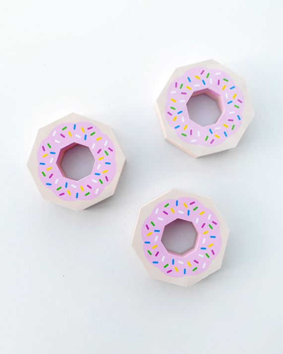 Giftwrap   Paper Donut! Template, Crafty and Box templates