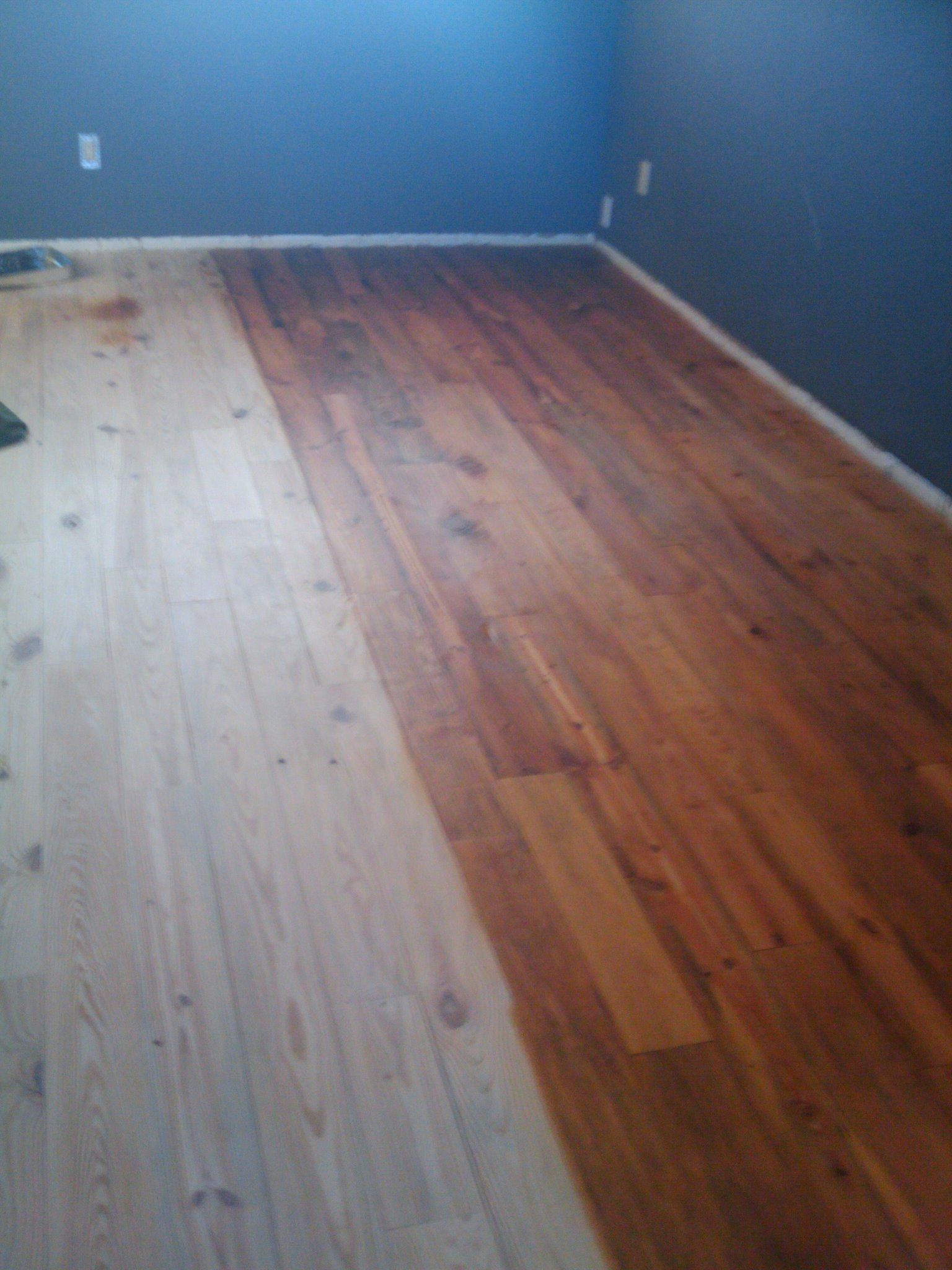 Red Oak Stain On Reclaimed Heart Pine Wood Floor Design