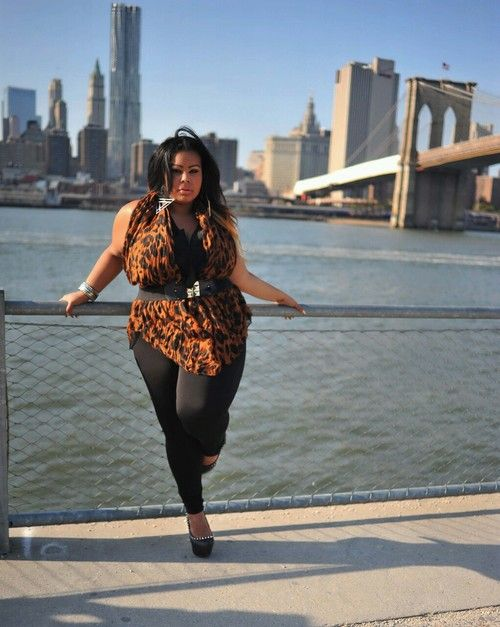 d7eeb29a282 Big curvy plus size women are beautiful! fashion curves real women accept  your body body consciousness