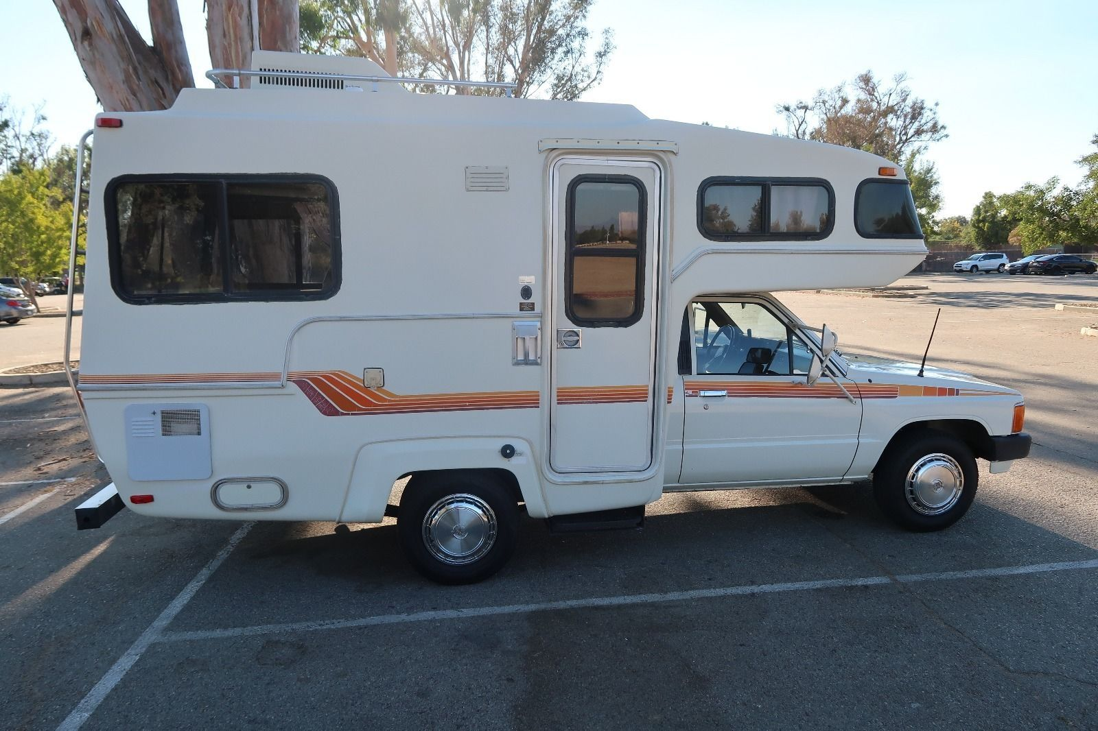 Pin By Greg Beddor On 3 Toyota Rv S Rv Recreational Vehicles Toyota Dolphin
