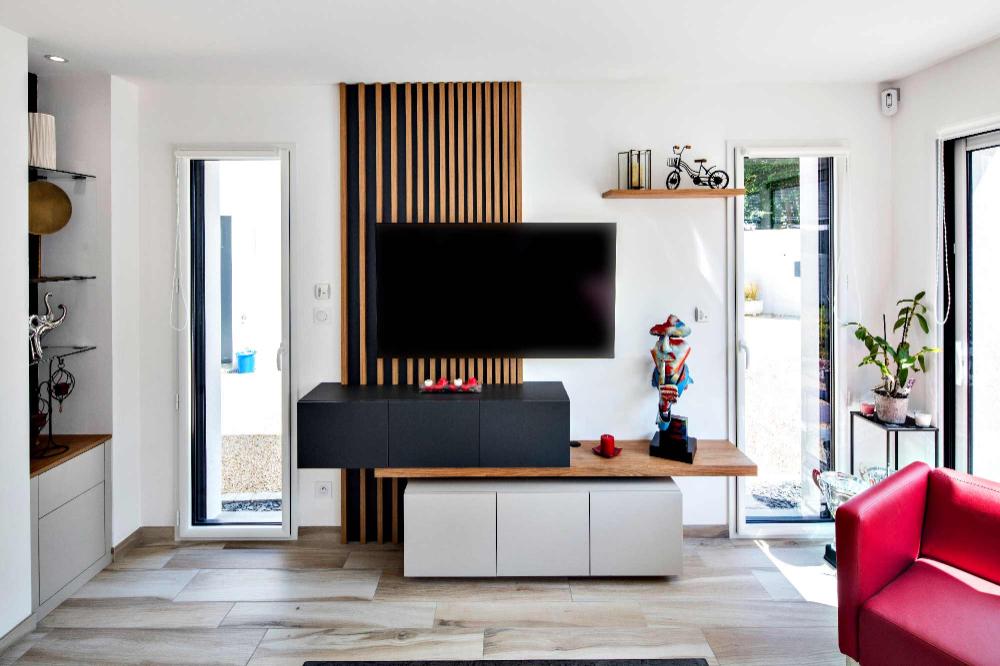 Meuble Tv Tasseaux Et Caissons Suspendus Compagnie Des Ateliers En 2020 Meuble Tv Meuble Tv Design Mobilier De Salon