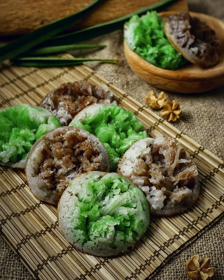 Resep Carabikang Mawar Merekah Istimewa Dan Cara Membuat Kue Carabikang Anti Gagal Lengkap Bahan Corobikang Bikang N Makanan Enak Makanan Dan Minuman Makanan