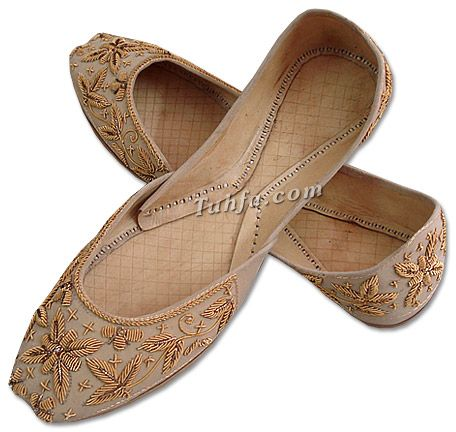 ladies khussa golden  buy pakistani shoes and dresses