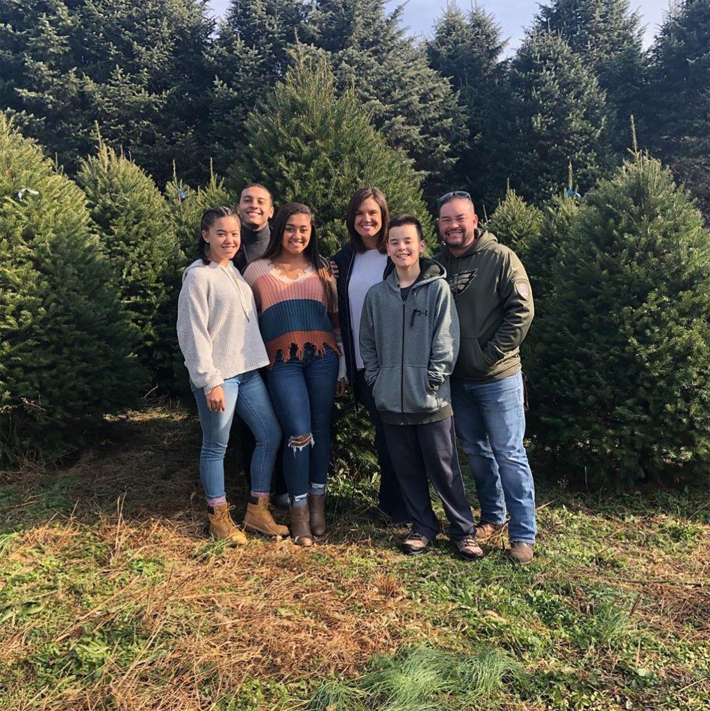 Jon Gosselin Goes Christmas Tree Shopping with Collin and