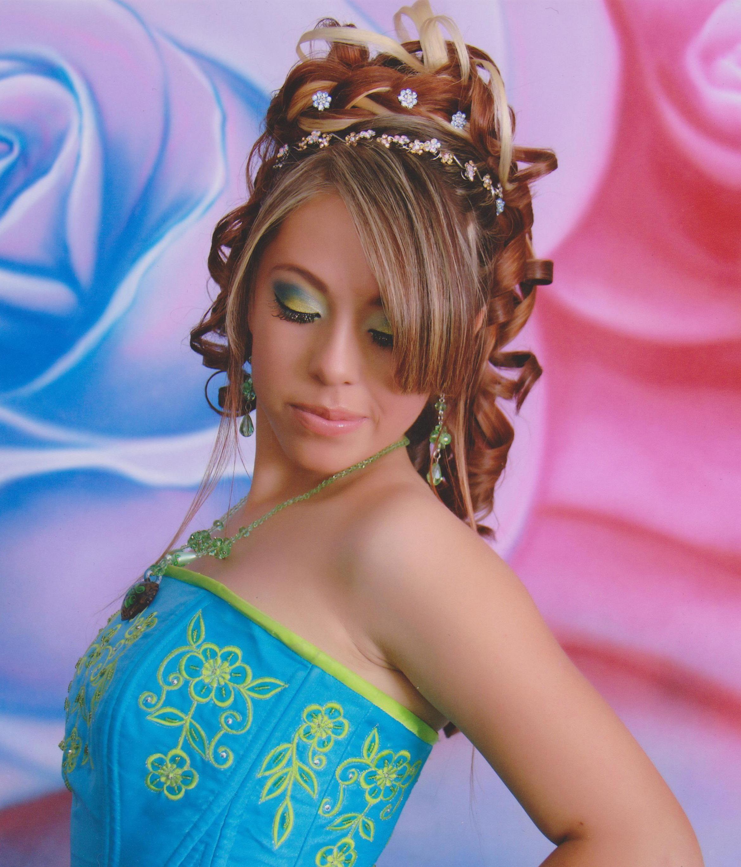 Fotos de peinados para tu fiesta de quince a os - Fotos de peinados de fiesta ...