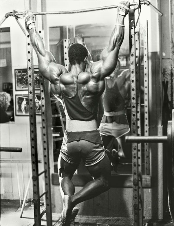Hst The Complete Hypertrophy Specific Training Guide Simplyshredded Com Bodybuilding Bodybuilding Workouts Gym Life
