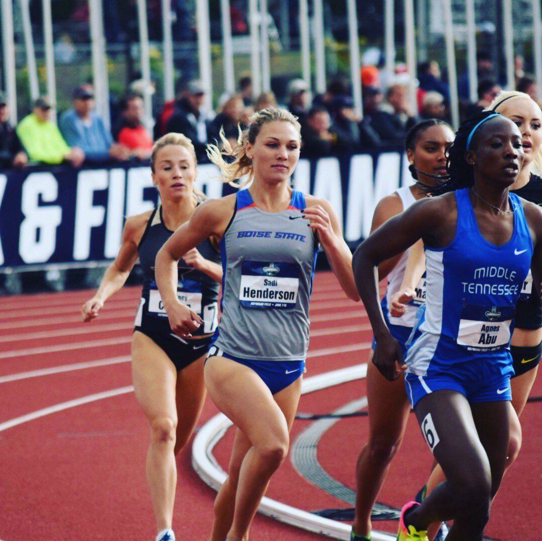 Sadi Henderson Clocked A 2 02 33 In The 800m At The Portland Track Festival Sunday Night To All But Solidify Her Spo Boise State University Athlete Boise State