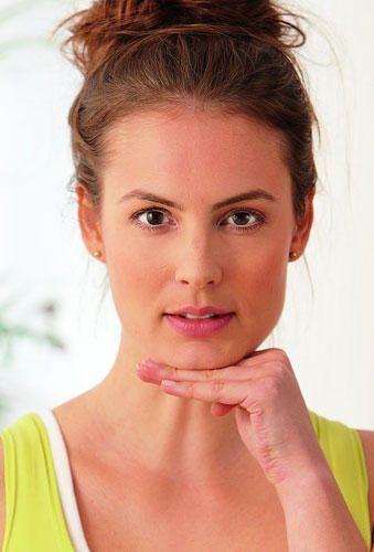 Zehn Übungen für ein junges Gesicht