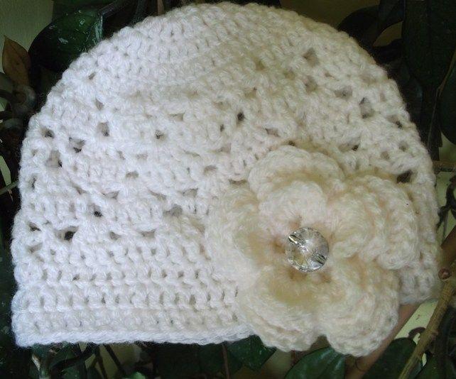 Cloche Hat - Girls 6-12 months £5.00   MY FOLKSY   Pinterest   Gorros