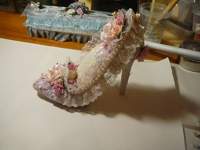 Altered Shoe Shabby Chic