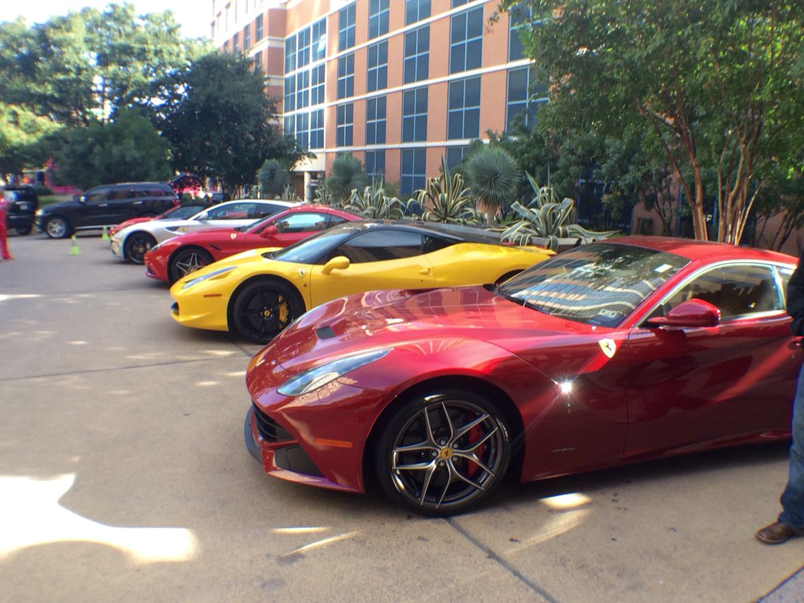 Ferrari Line Up At 4 Seasons Hotel In Austin Tx During Formula 1 Hotels In Austin Tx Super Cars Austin Hotels