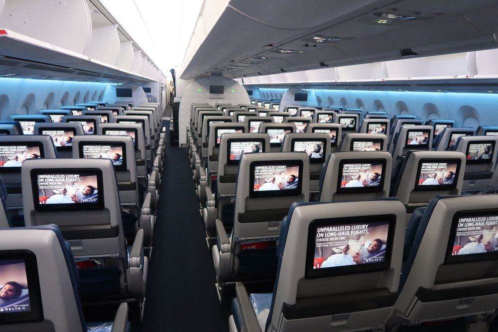 Delta Air Lines Airbus A350 900 Main Cabin Economy Class 3 3 3 Seats Layout Configuration Pho Delta Airlines Airbus Fleet