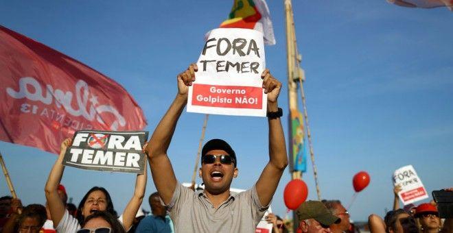 """Vino y girasoles...: La nueva """"democracia"""" en Brasil."""