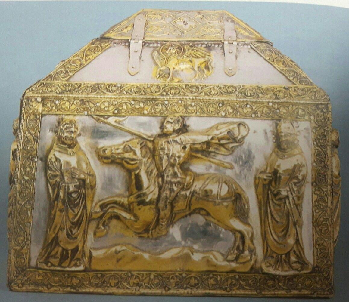 Reliquiario gotico di San Zoilo. Museo d'Arte Sacra di Zara. Sec  XIV