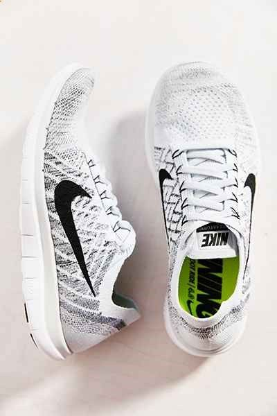 Nike Outfitters Flyknit Free Zapatilla Urban Outfitters Nike Runway Fashion deb92f