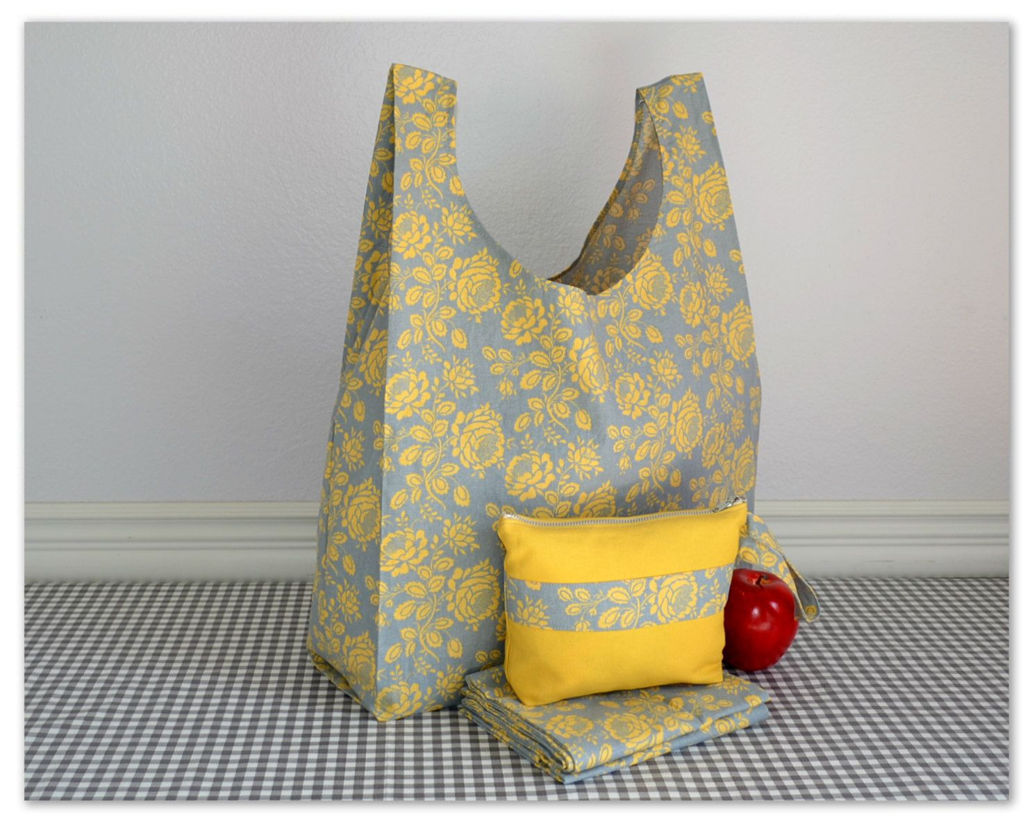 3 Bags Carrying Case Reusable Grocery Bag Tote Farmers Market Ping Washable Yellow And Gray By Molliemoxie On Etsy