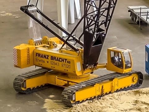 STUNNING RC Crane! Extreme cool detailed R/C model  Must see