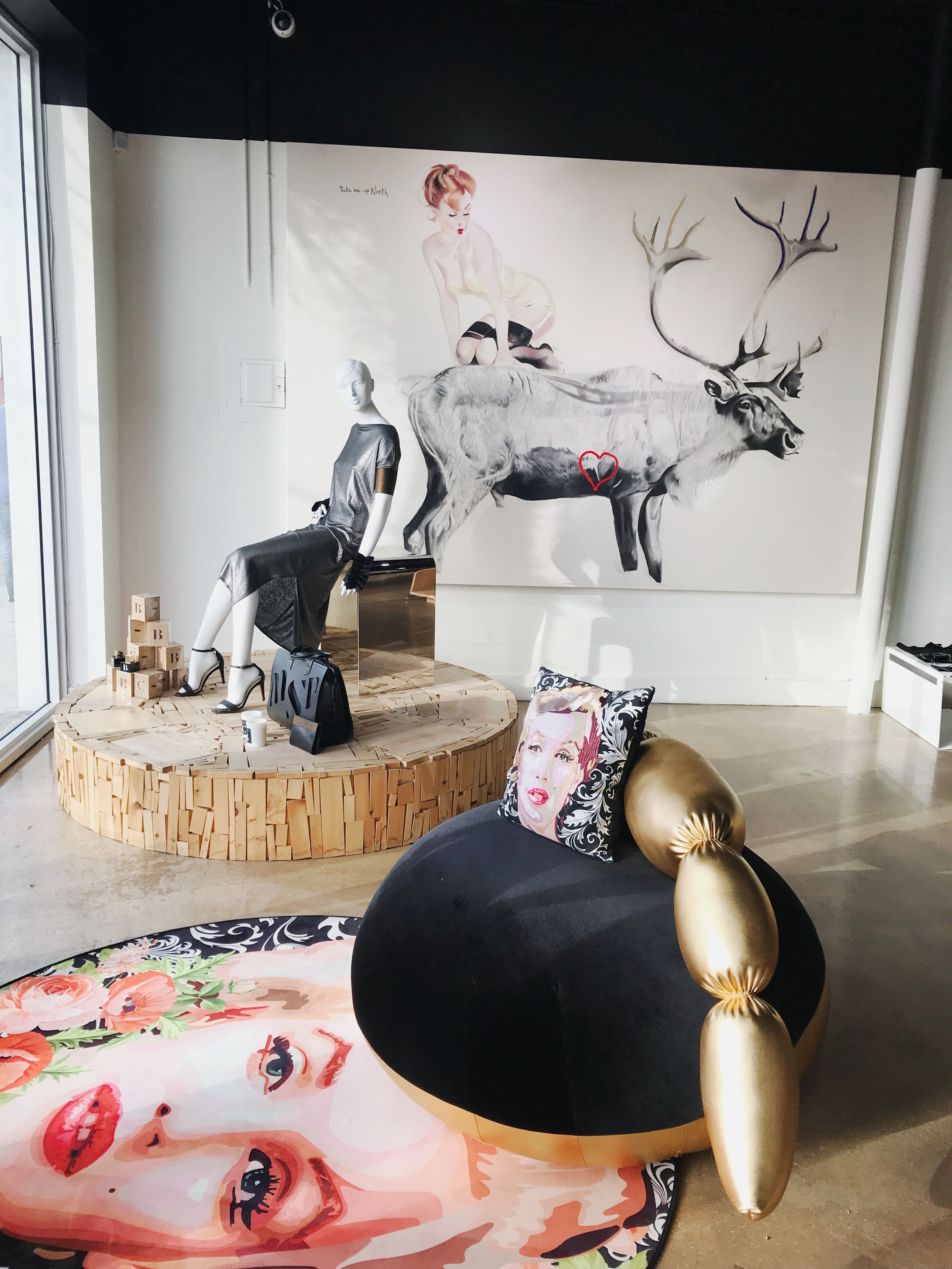 Maison Marie Saint Pierre ready-to-wear collections. A Canadian designer artfully balancing timeless fashion and function. Timeless Fashion, Modern Art, Ottoman, Saints, Museum, Lifestyle, Store, Design, Home Decor