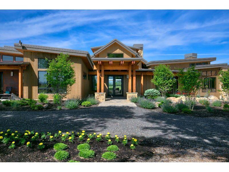 Rustic Craftsman Home Is Amazing Luxury Modern Homes Craftsman Style House Plans Modern House Plan