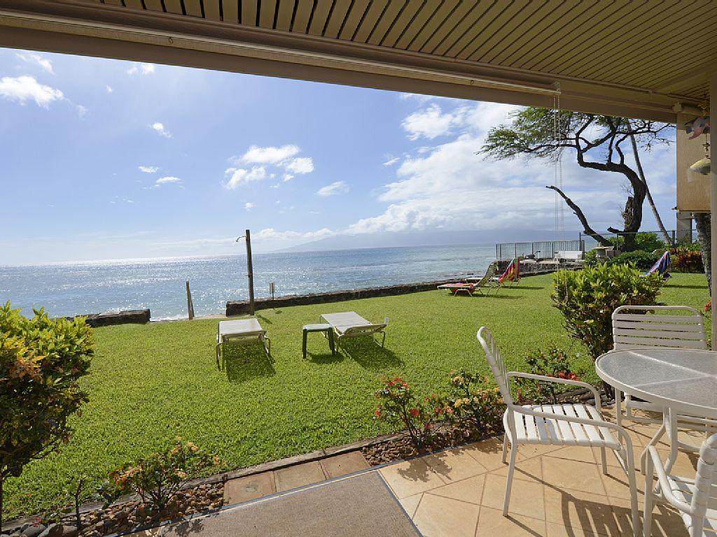 Vrbo Com 393110 The Pikake Water Is 20ft Away Hawaii Vacation Rentals Maui Hotels Maui Hawaii Vacation