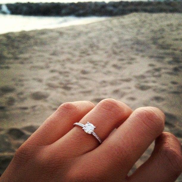 My Xiv Karats Beverly Hills Engagement Ring Malibu May 2013 Bridalmavencontest Xivkarats Xivkaratsbh Agoodaffa Beautiful Jewelry Engagement Rings Jewelry