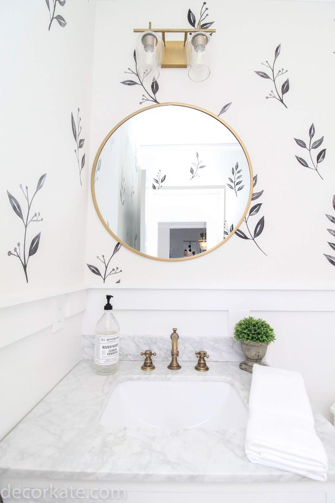 Photo of Stunning DIYs and room makeovers — link up yours!