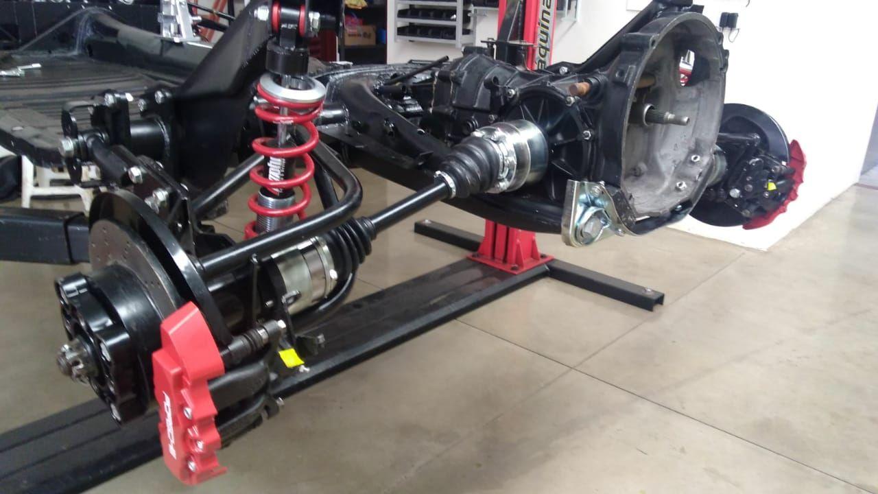IRS rear suspension iMohr in a Posche recreation. Fusca