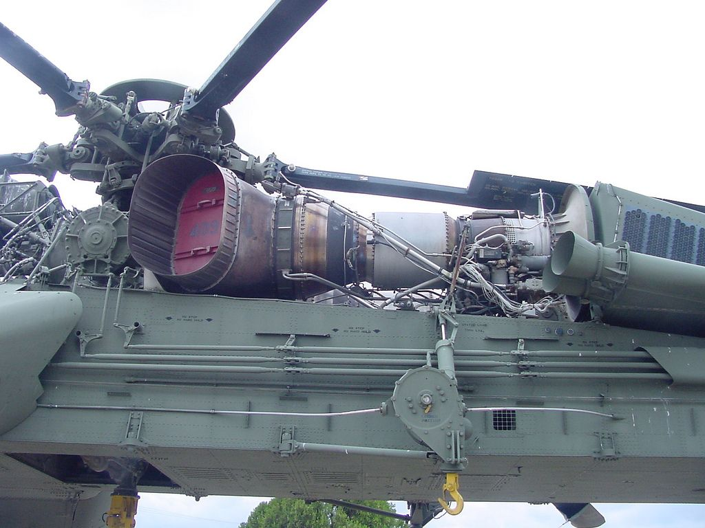 Big Mother a CH-54A Tarhe of the 1st Cav was utilized as