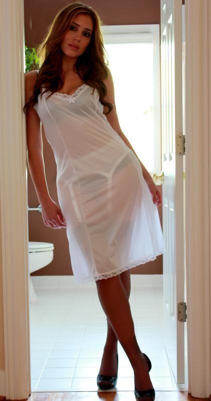 foto de half slip Slips chemise and petticoats Pinterest Toe rings Lingerie and Ring