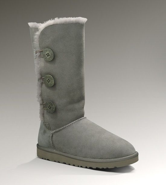 ee4b77e9f15 LOVE my grey Ugg 3 button boots. My first ever pair of Uggs- oh so ...