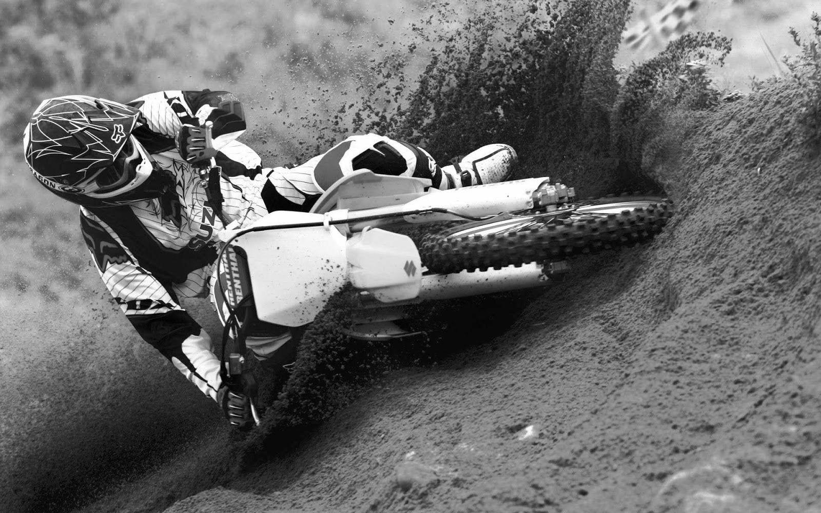 Dirt Bikes Black And White Wallpapers Suzuki Motocross Motocross Bikes Dirt Bikes