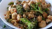 Keto Garlic Chicken with Broccoli and Spinach,  #Broccoli #Chicken #Fitness-MahlzeitHuhn #Garlic #Ke...