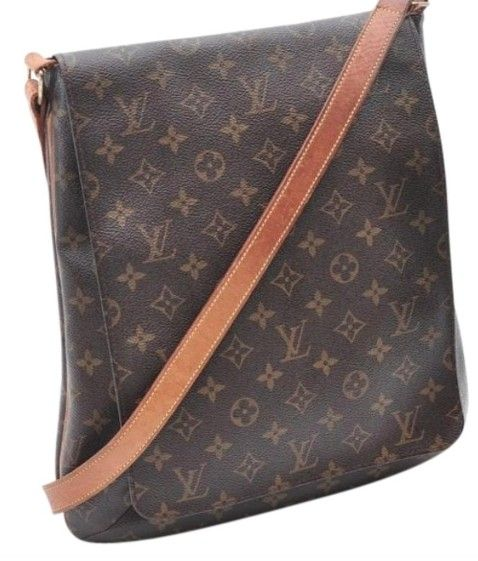 a9c85beba692 Louis Vuitton Musette Salsa Gm Lm0092 Extra Large Brown Monogram Cross Body  Bag. Get the trendiest Cross Body Bag of the season! The Louis Vuitton  Musette ...