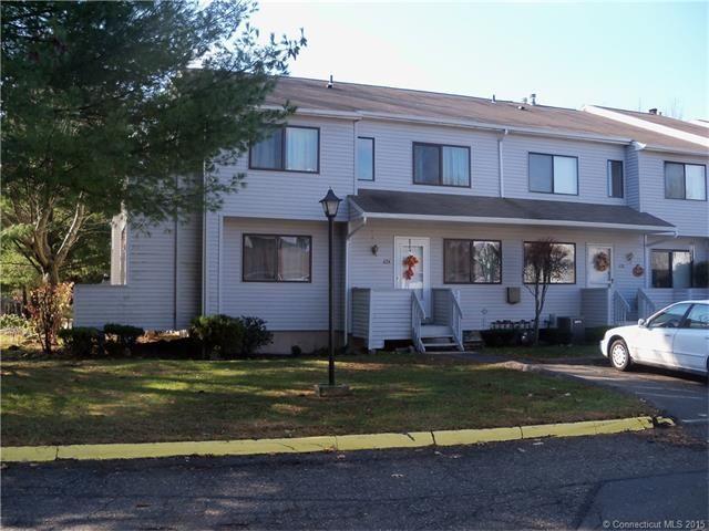 136 000 674 Cypress Rd 674 Newington Ct Connecticut 06111 Newington Ct William Raveis Real Estate Mortga Real Estate Real Estate Agency Newington