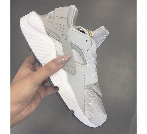 Nike Huarache   Nike shoes outlet