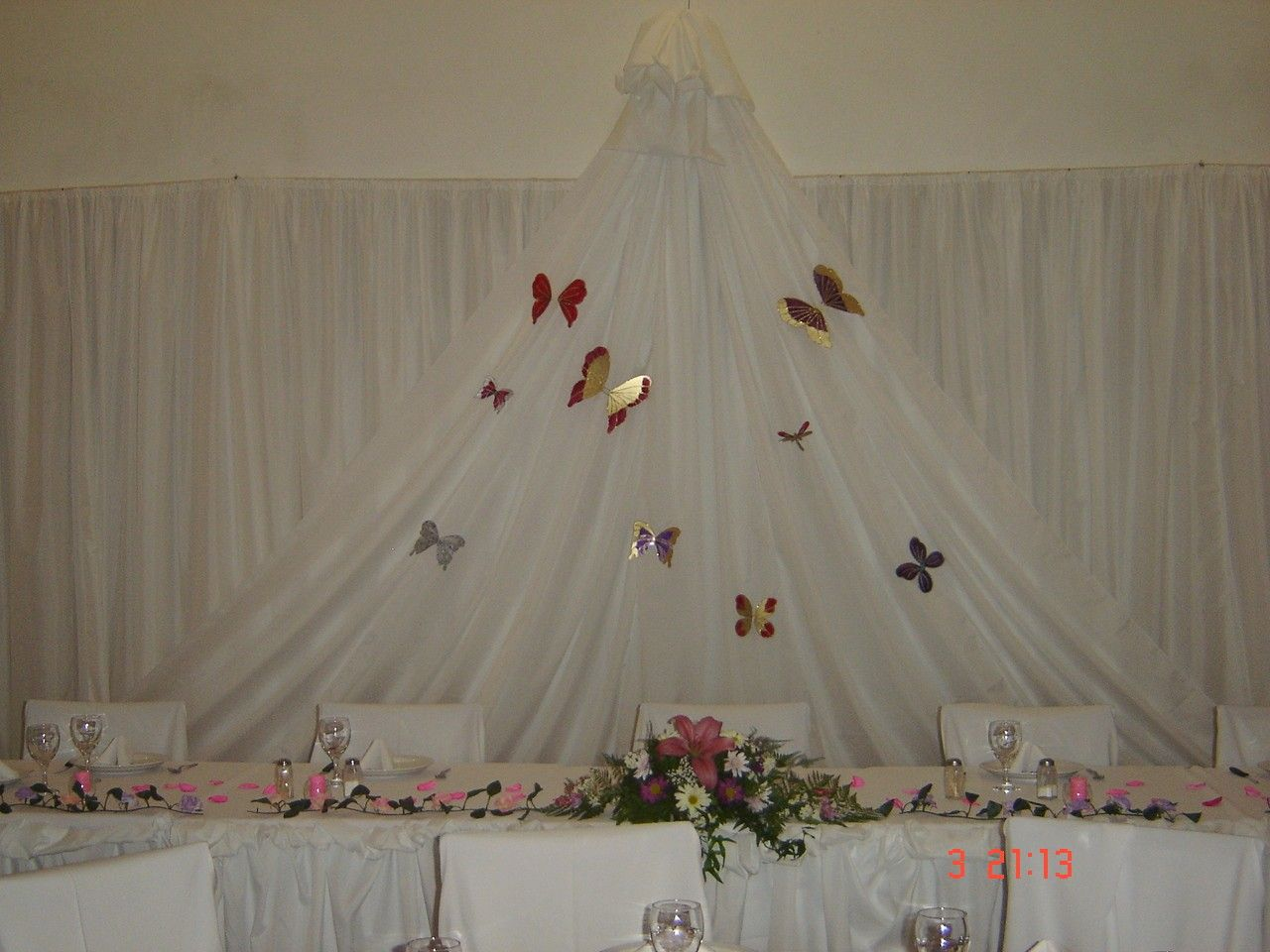 Decoracion salon para 15 a os mis trabajos decoracion for Arreglos de salon para quince anos