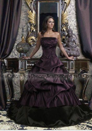 Sito e commerce ufficiale della New Dreams.Atelier on line produttore di  abiti da sposa sartoriali df669a9e64f