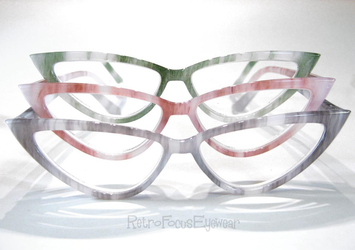 very pointy light weight plastic cat eye readers - Wide Frame Reading Glasses