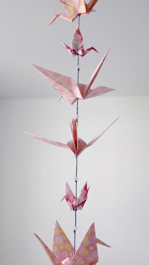 How To Realise A Pink Origami Garland Paper Pearls Origami