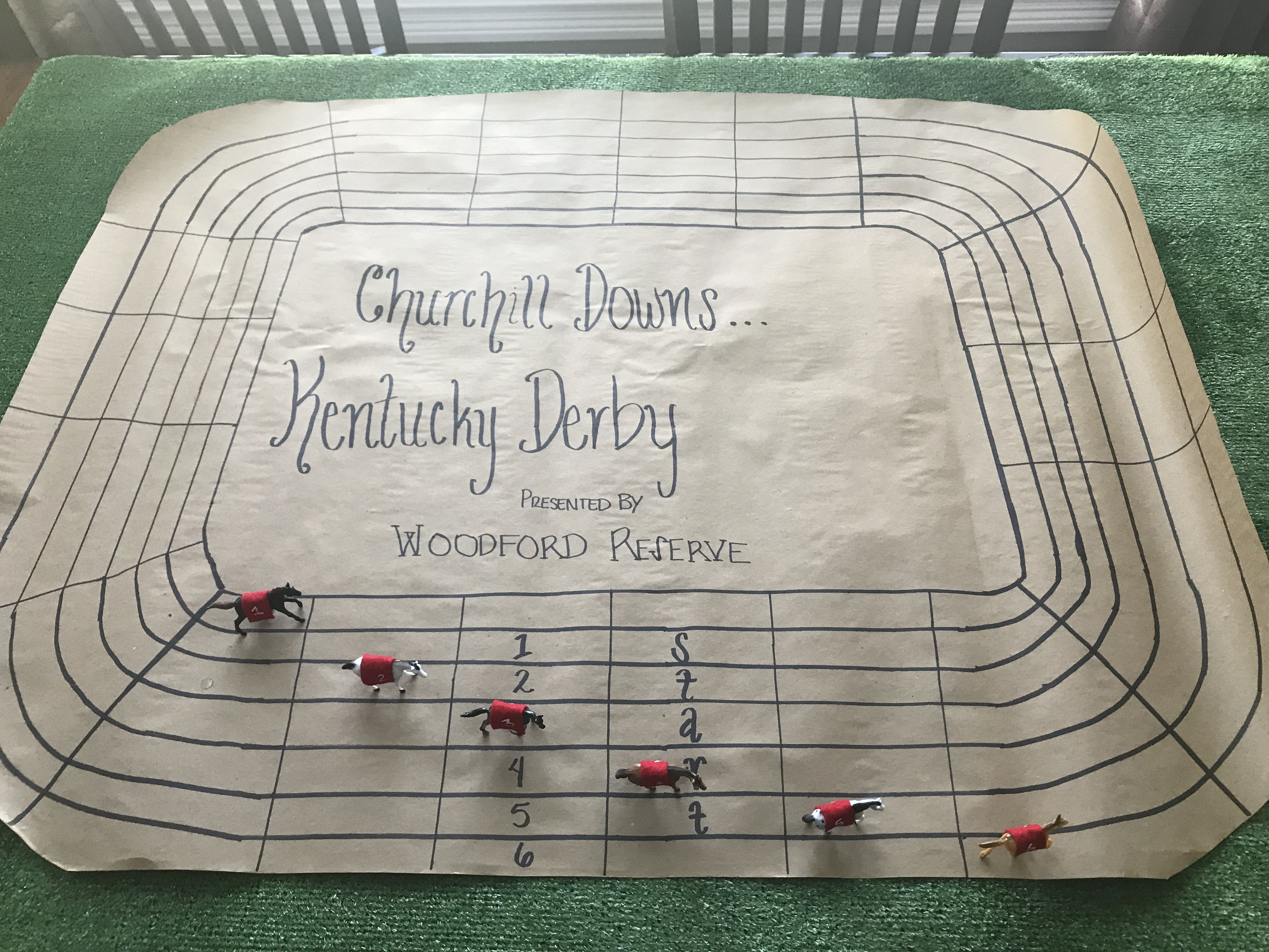 Kentucky Derby Game! Takes up to 6 players. Each buy in to