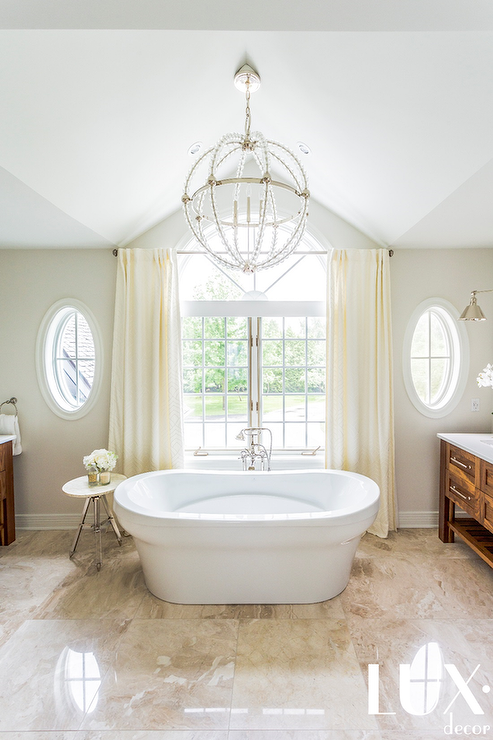 Bathroom Vaulted Ceiling With Beaded Clear Chandelier