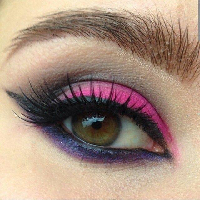 Beautiful Brows by @catherinesafiya using #Chella Dazzling Dark Brown #brow #pencil...so ELECTRIC! #brows #browwow #browexpert #mua #makeupartist #beautiful #makeup #makeupmonday