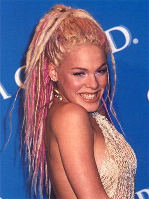 Pink Singer And Songwriter Pink Was Born Alecia Beth Moore On September 8 1979 In Doylestown Pennsylvania Pink As S Pink Singer Long Hair Styles Pink Hair