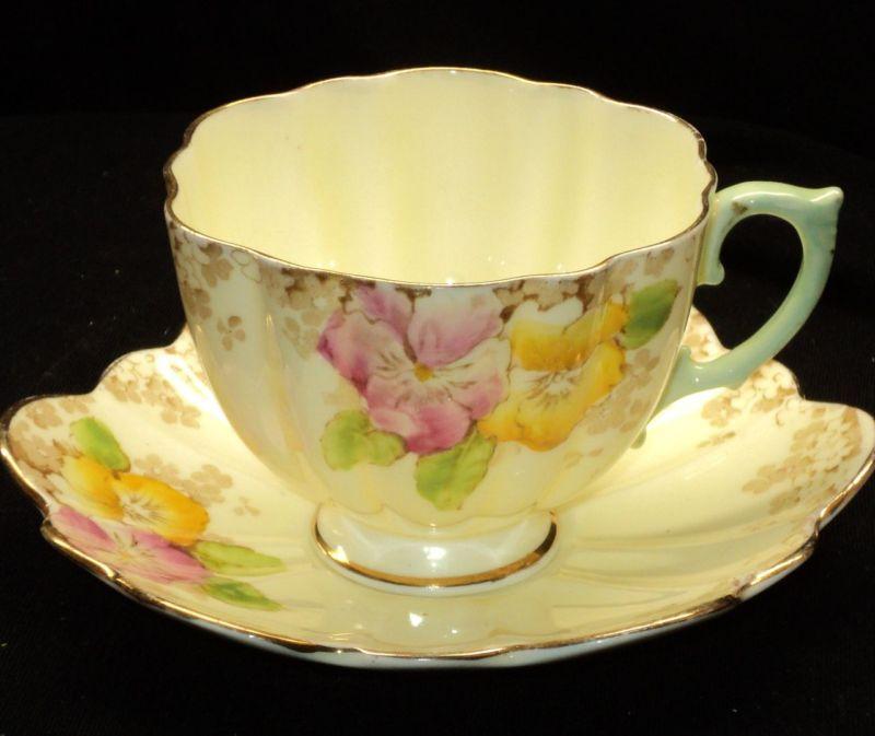 Paragon Artsy Deco HRH Queen simplyTclub Tea cup and saucer
