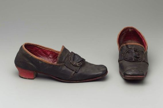 Pair of men's shoes of the type that inspired Cromwell Shoes, probably Italian, about 1650–1700
