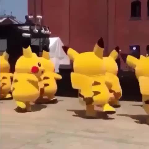 if pikachu don't trust you i'm gon shoot you ⚡️⚡️
